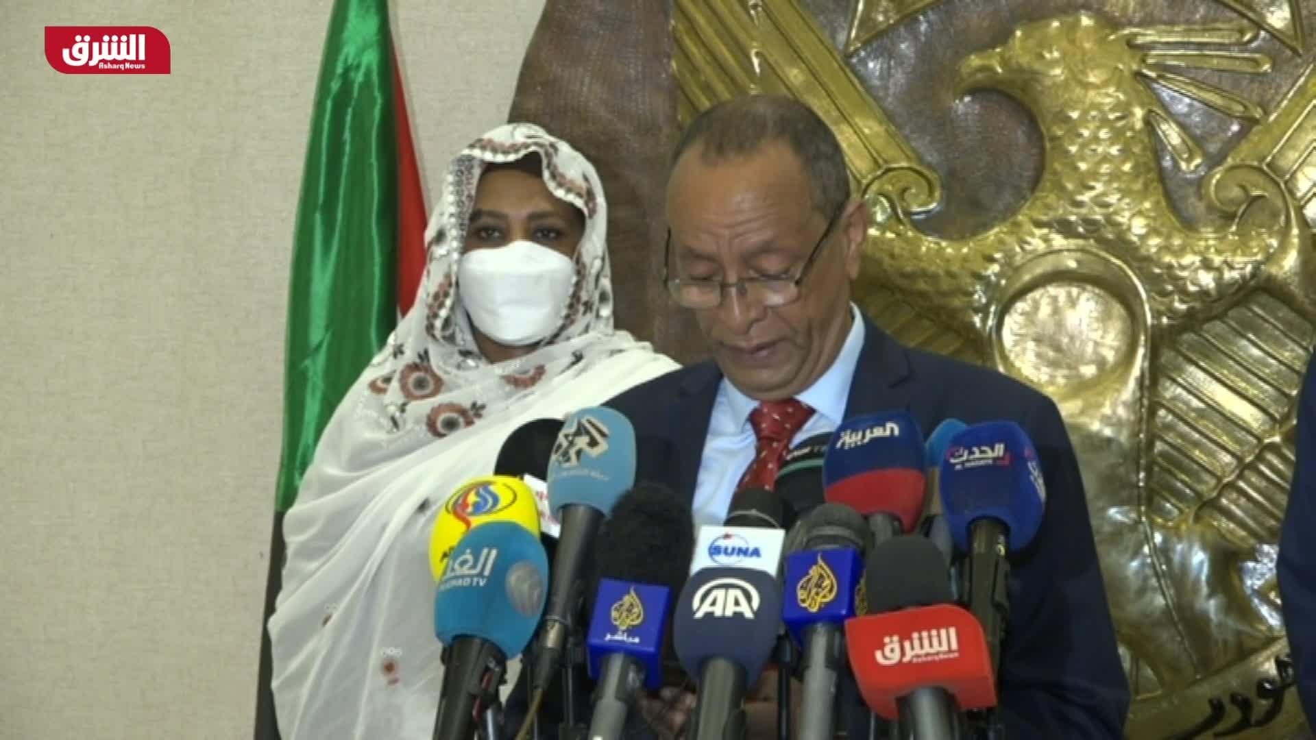 مؤتمر صحفي لوزير الخارجية المصري ونظيره السوداني