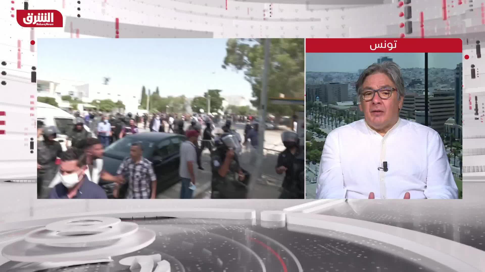 الوضع الميداني في تونس بعد إقالة الحكومة وتجميد البرلمان